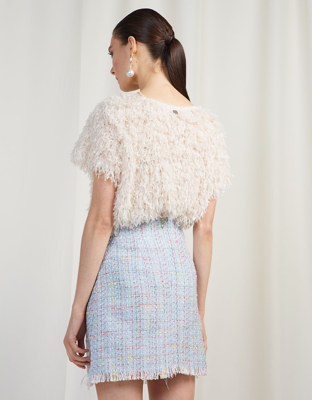 TOP WITH FEATHERS