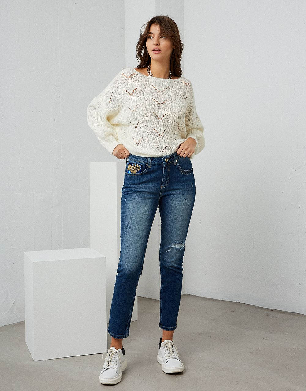 MIA JEANS WITH SEQUINS