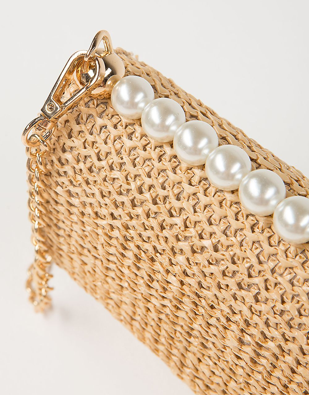 BAG WITH PEARLS