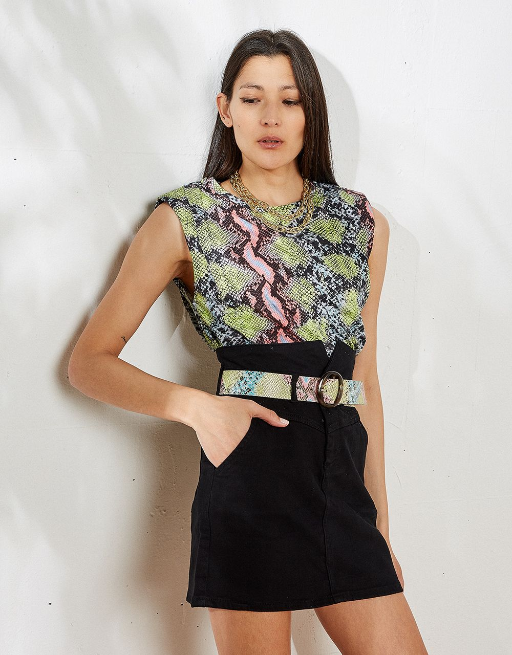 SNAKE PRINT TOP WITH LOGO