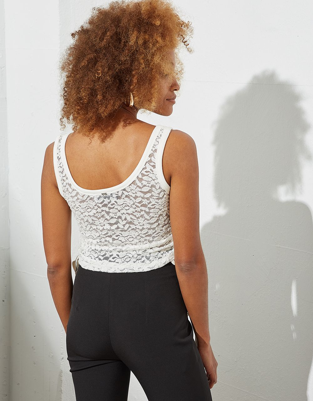 LACE TOP WITH GATHERED SIDES
