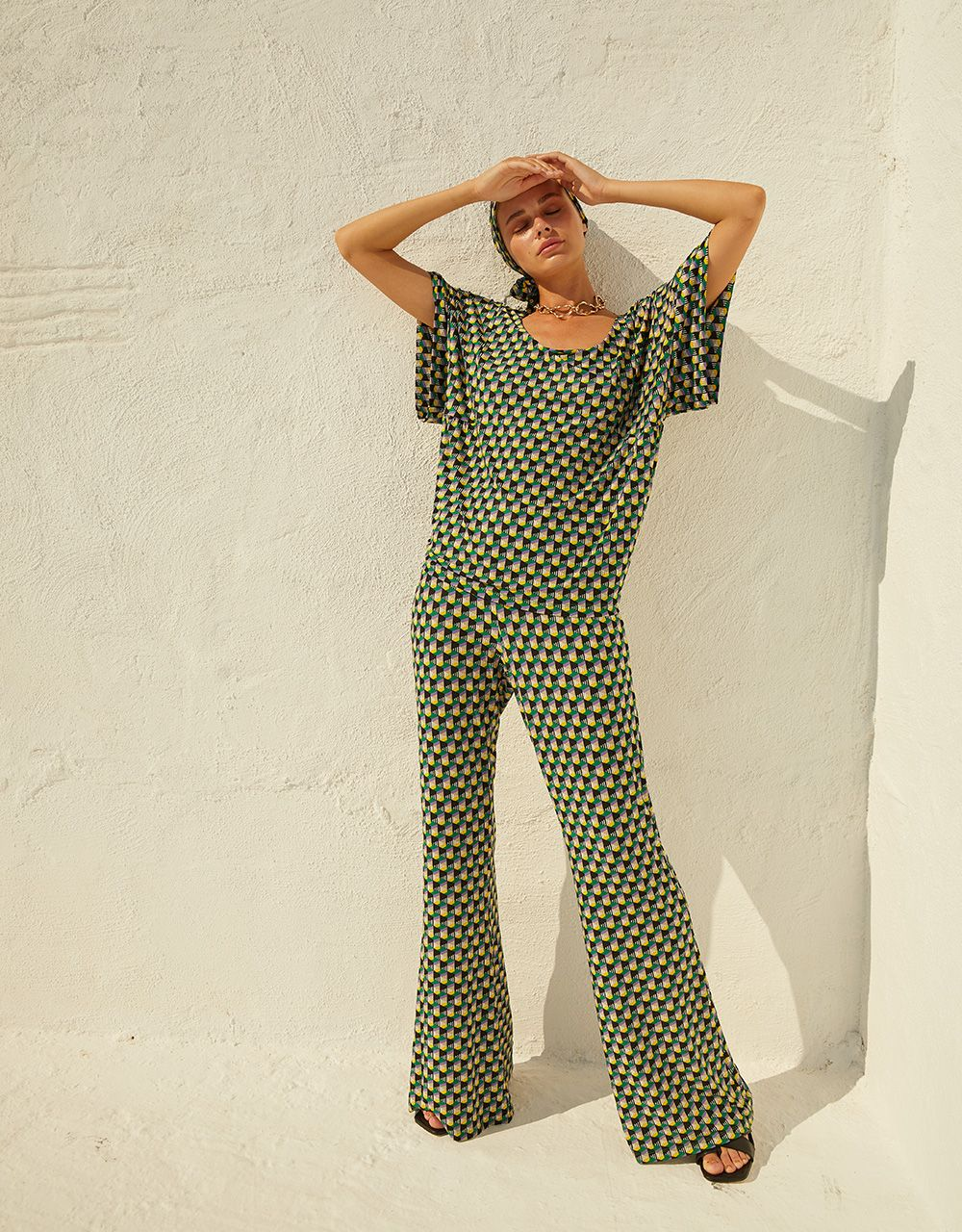 TROUSERS WITH GEOMETRIC PRINT