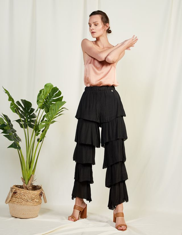 MULTIPLE RUFFLED TROUSERS