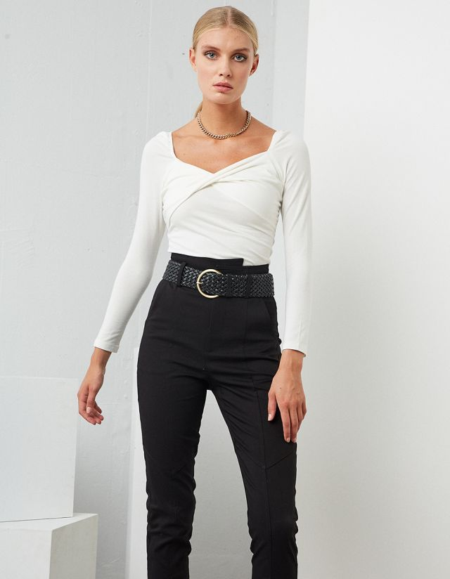 TOP WITH BUST DETAIL
