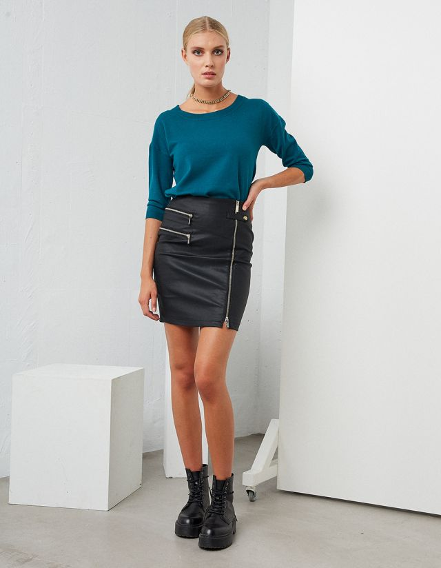 LEATHER EFFECT ZIPPER SKIRT