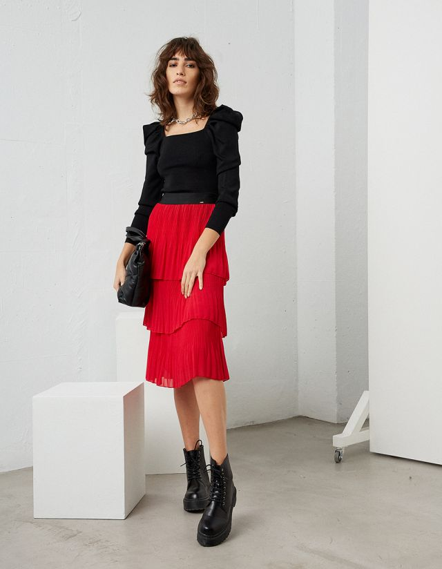 PLEATED SKIRT WITH FRILLS