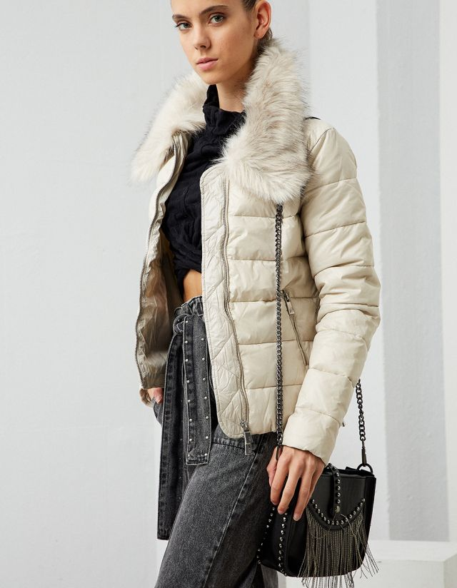 PUFFER JACKET WITH REMOVABLE FAUX FUR COLLAR