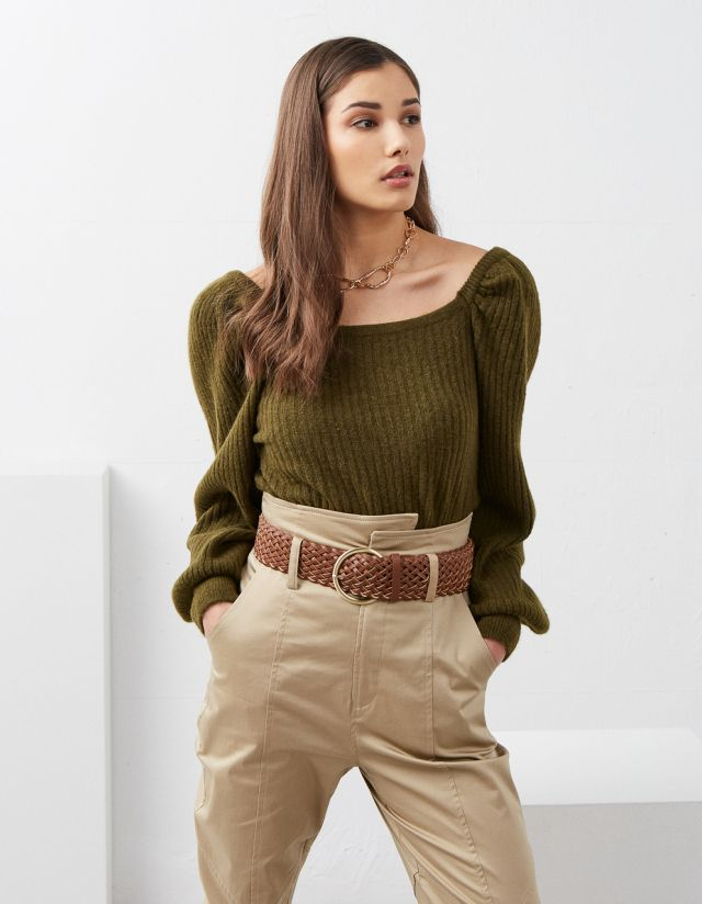 RIBBED KNITTED TOP WITH PUFF SLEEVES