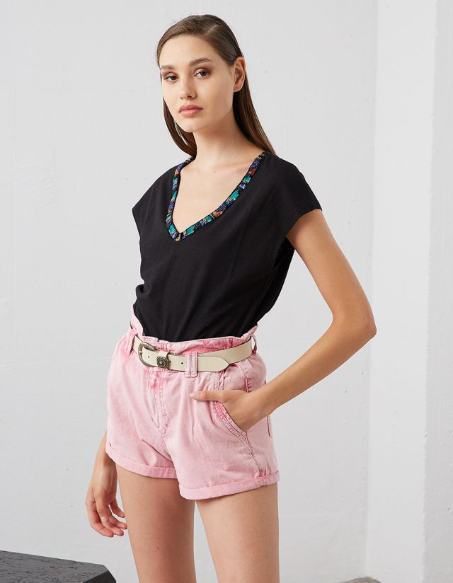 TOP WITH BEADS