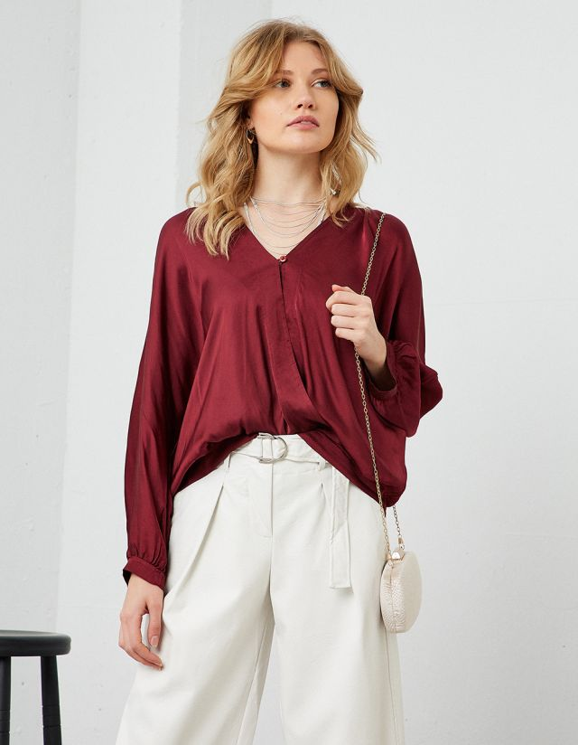 SATIN TOUCH BLOUSE