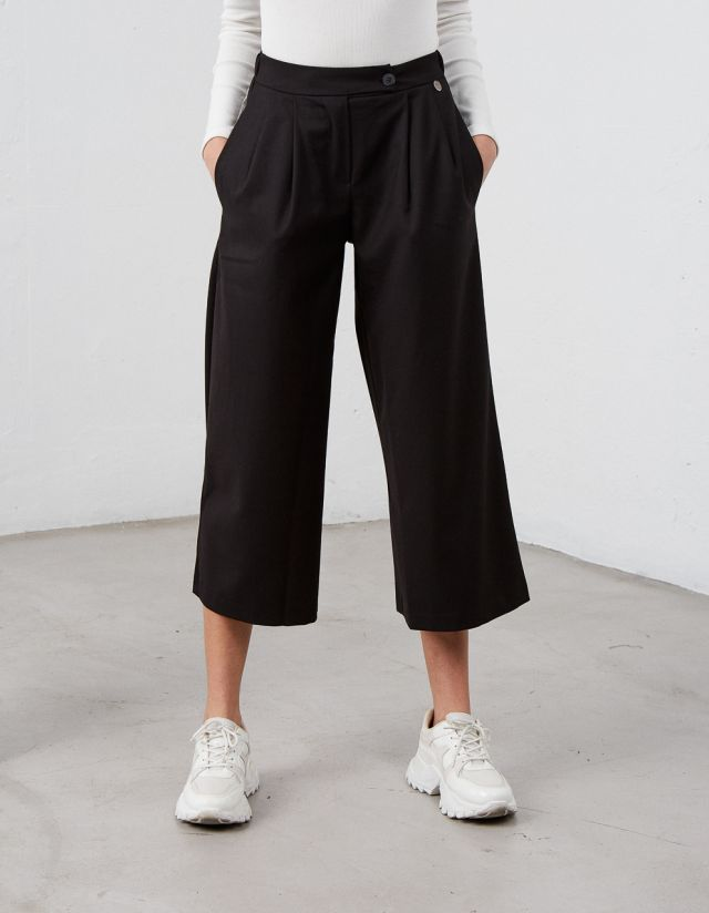 HIGH WAISTED CULOTTE TROUSERS
