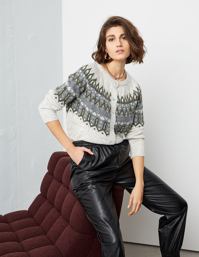 JAQCUARD KNITTED CARDIGAN