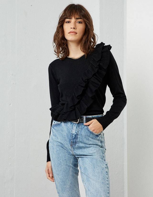 SWEATER WITH FRILLS
