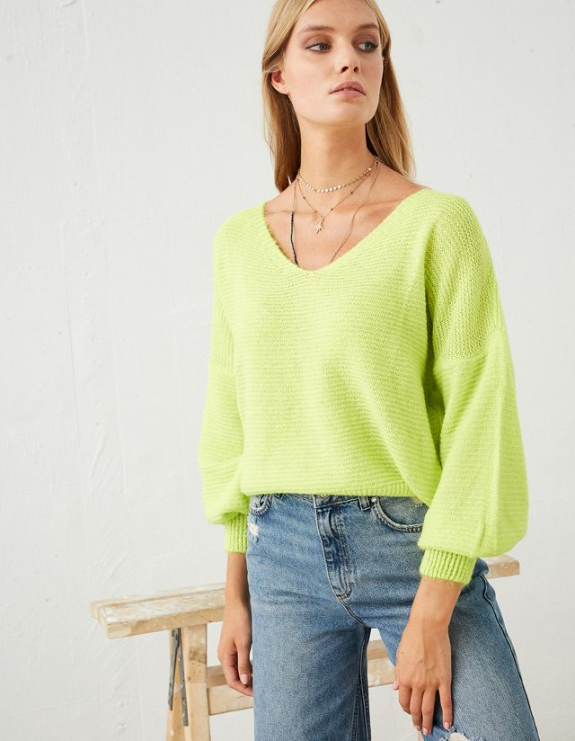 JUMPER WITH PUFFER SLEEVES