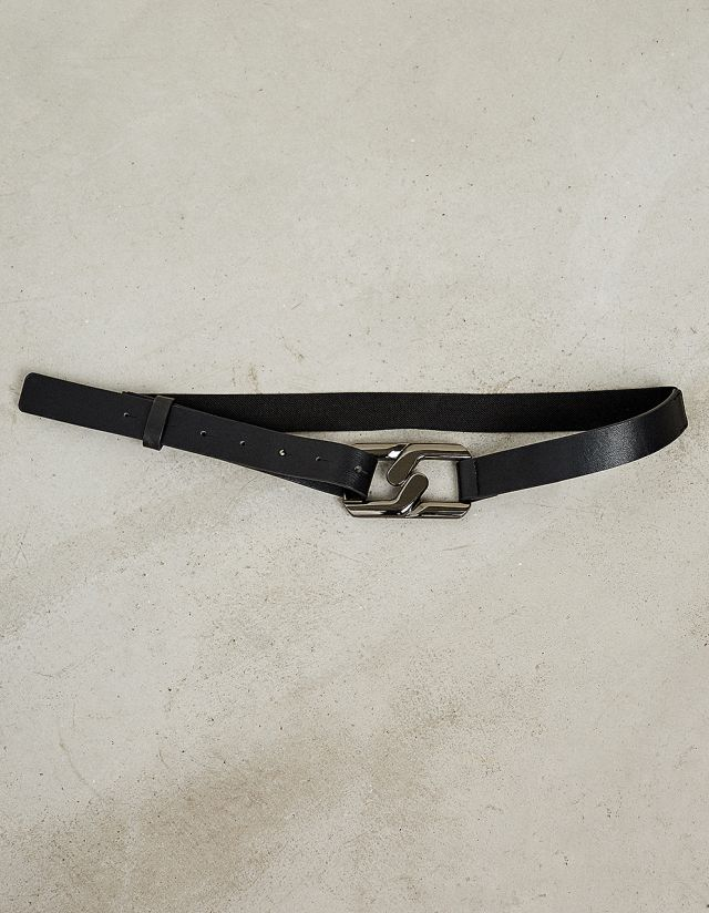ELASTICATED BELT WITH METALLIC BUCKLE