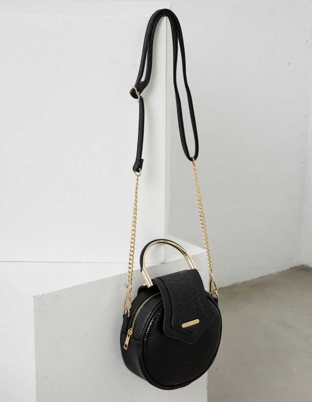 ROUND BAG WITH CHAIN