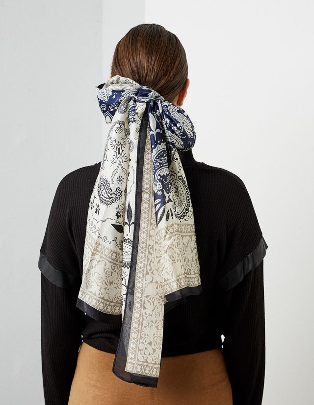 SATIN TOUCH SCARF
