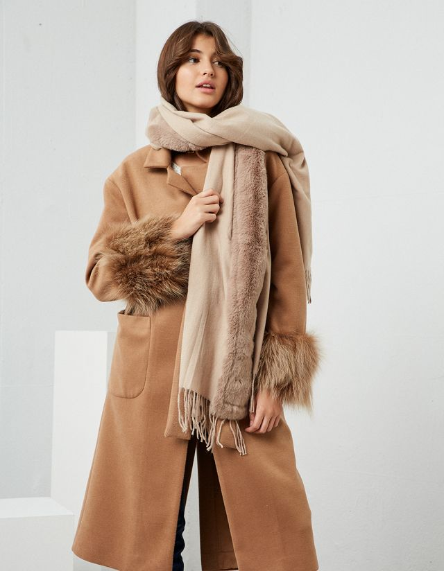 OVERSIZED SCARF WITH FAUX FUR