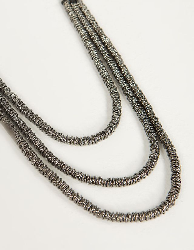 NECKLACE WITH CORD