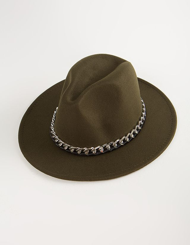 FELT HAT WITH CHAIN