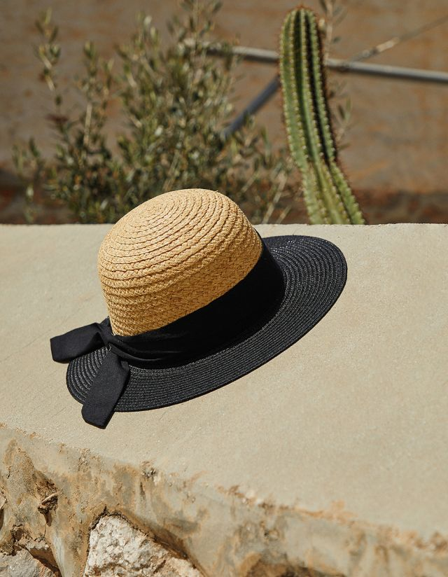 STRAW HAT WITH CONTRAST