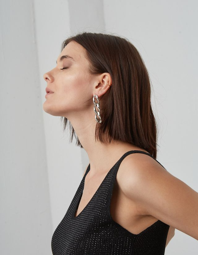 HANGING CHAIN EARRINGS