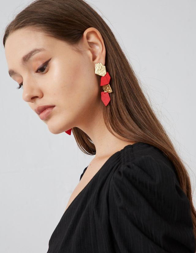 HANGING EMBOSSED EARRINGS