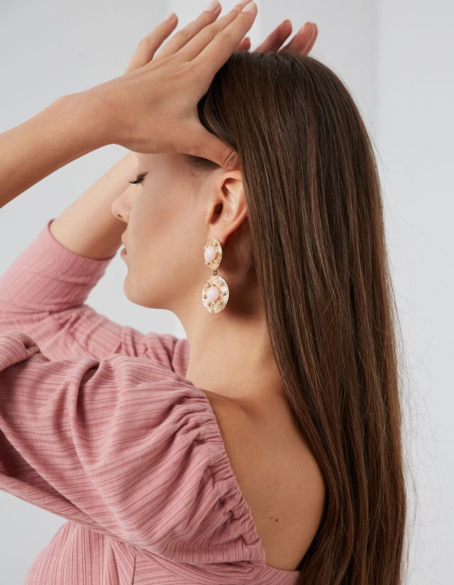 HANGING EARRINGS WITH PEARL