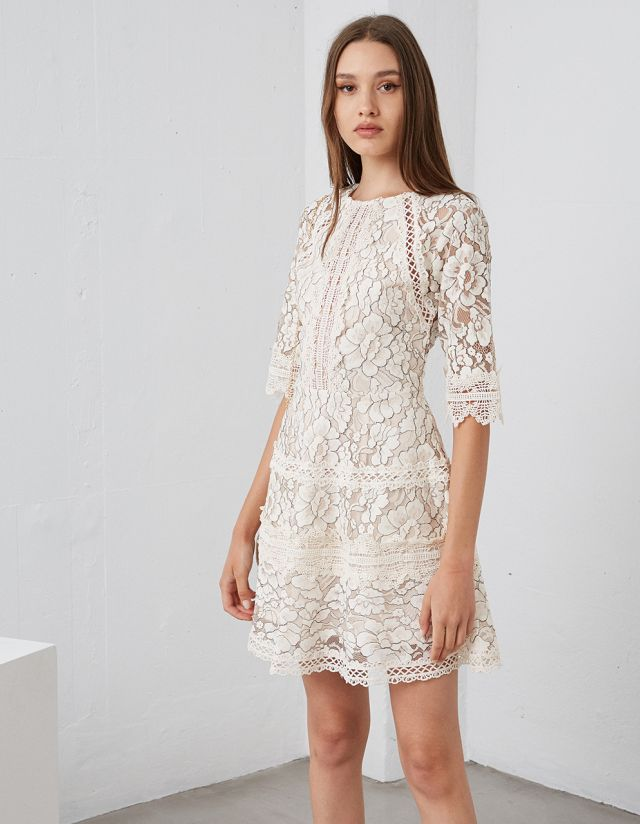 DRESS WITH CROCHET LACE