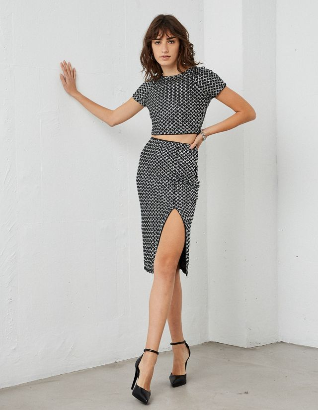 MESH SKIRT WITH SEQUINS