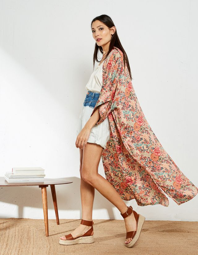FLORAL KIMONO WITH EMBROIDERY