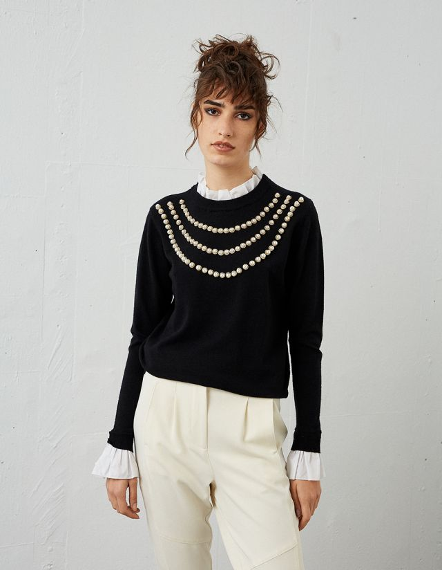 KNIT SWEATER WITH PEARLS