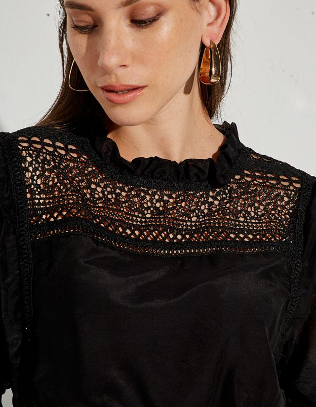 SEMI-SHEER BLOUSE WITH EMBROIDERY