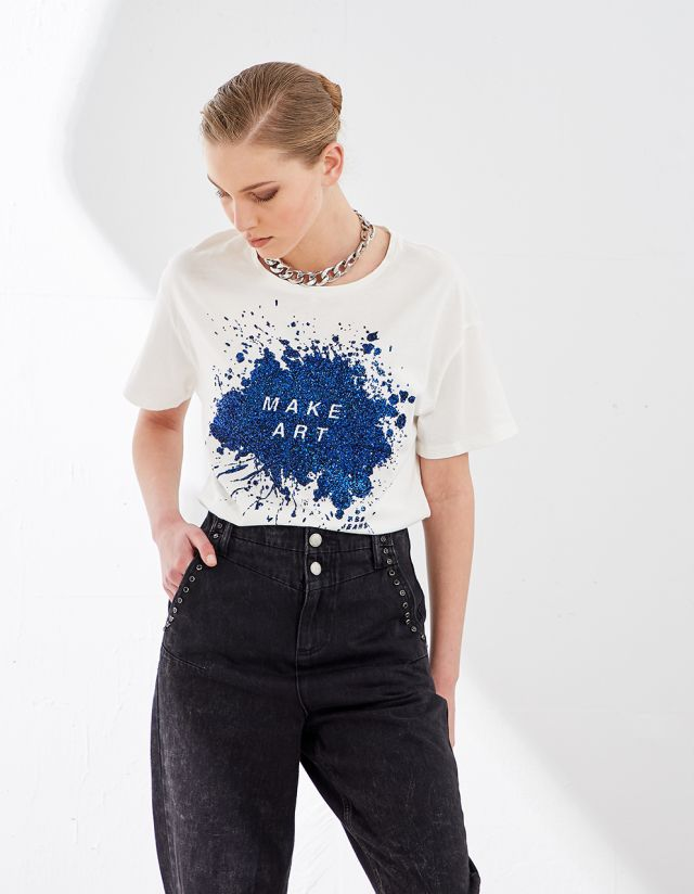 T-SHIRT WITH SHINY PRINT