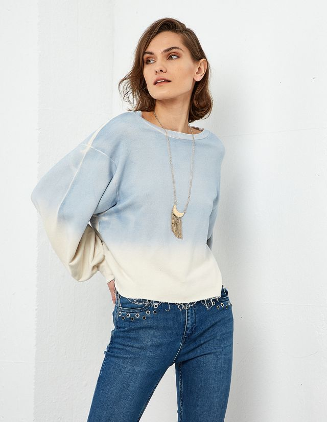 TIE-DYE SWEATSHIRT WITH NECKLACE