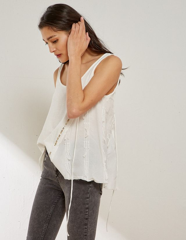 BLOUSE WITH SELF TIE & FRINGES