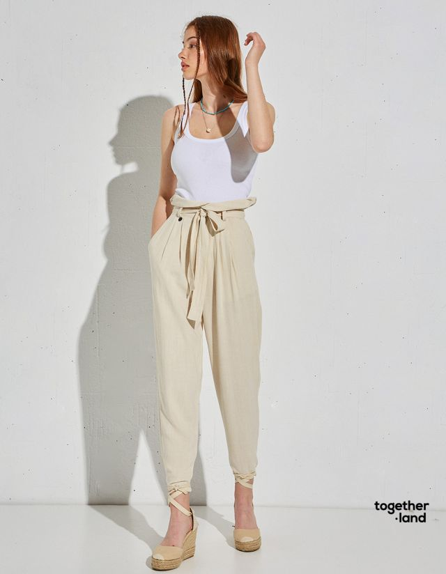 TROUSERS WITH LINEN TOUCH