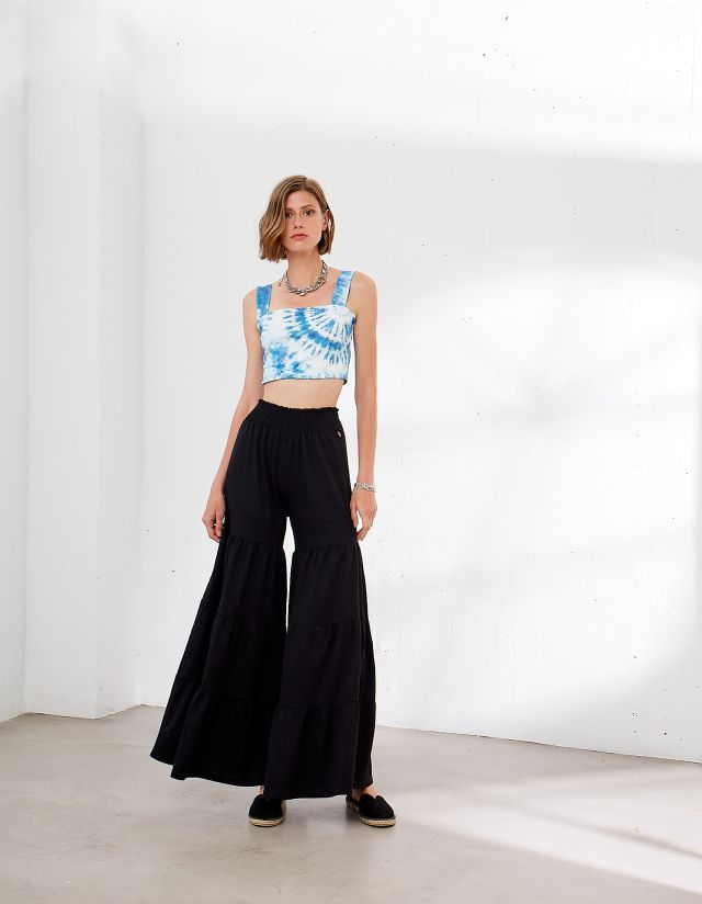 TROUSERS WITH RUFFLES