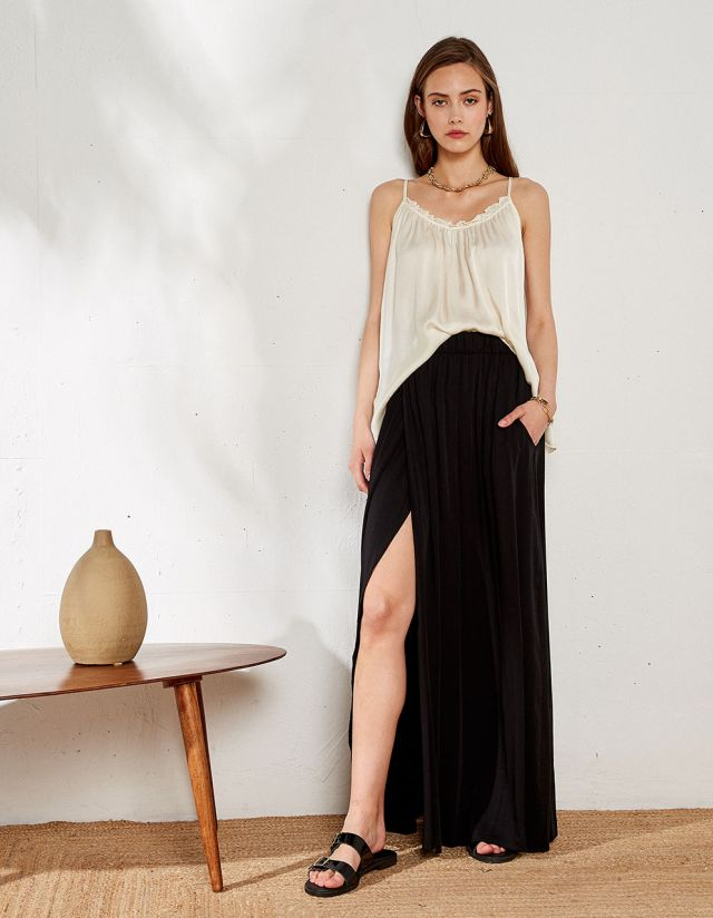 MAXI PLEATTED SKIRT
