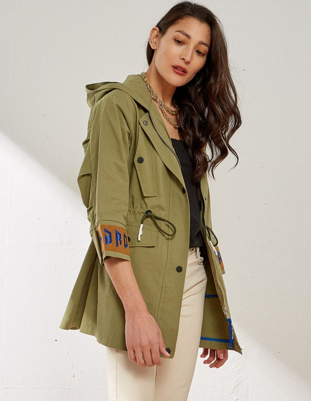 PARKA WITH POCKETS