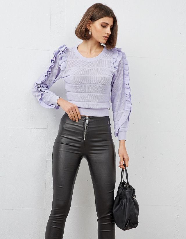KNIT TOP WITH FRILLS