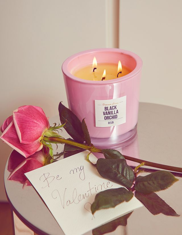 VALENTINE'S EDITION SCENTED CANDLE