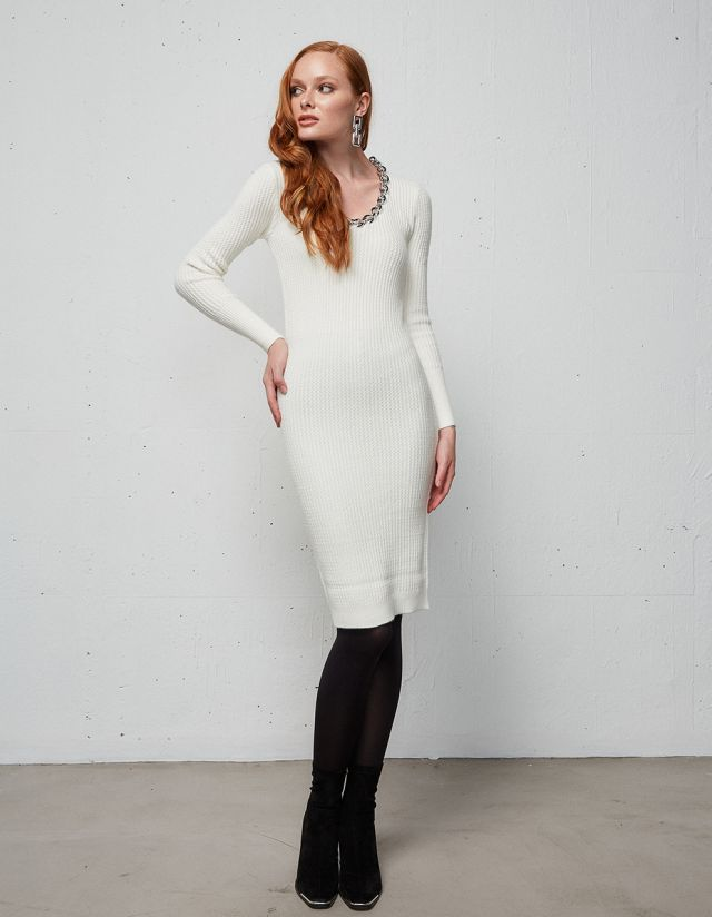 MIDI DRESS WITH NECKLACE