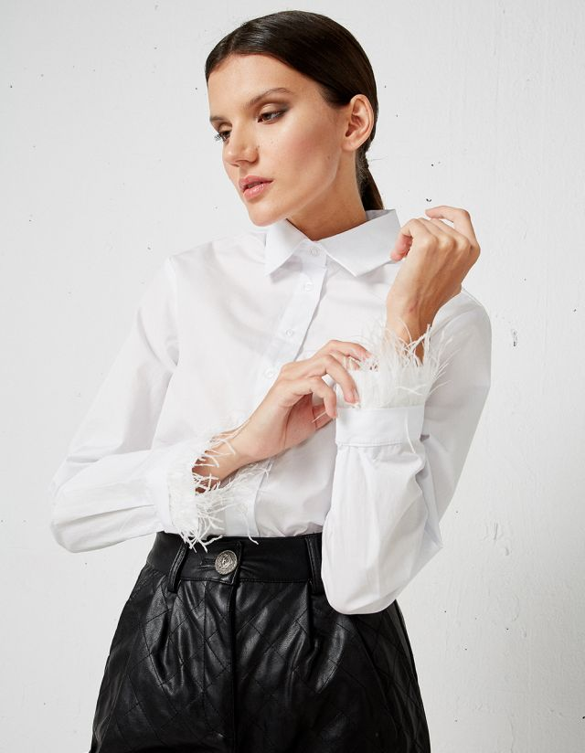 SHIRT WITH FEATHERS