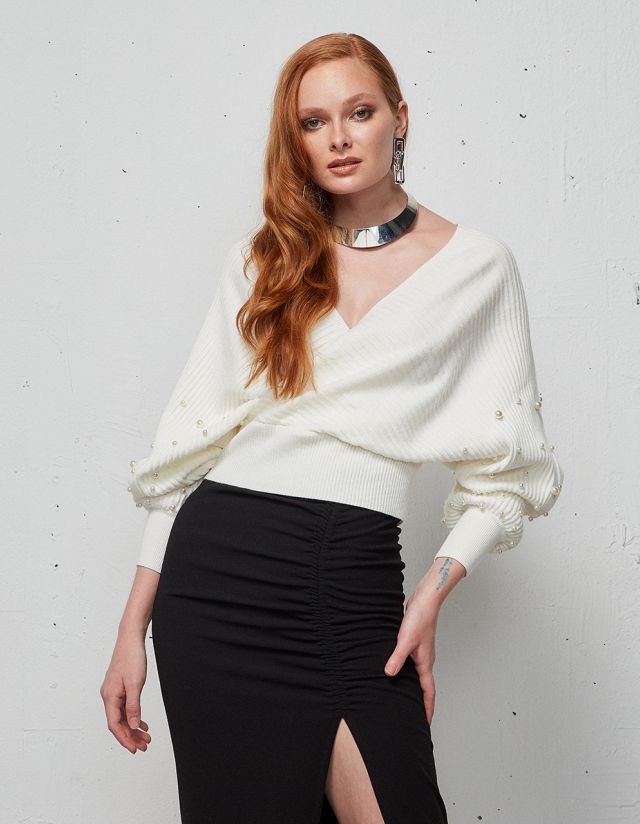 WRAP BLOUSE WITH PEARLS