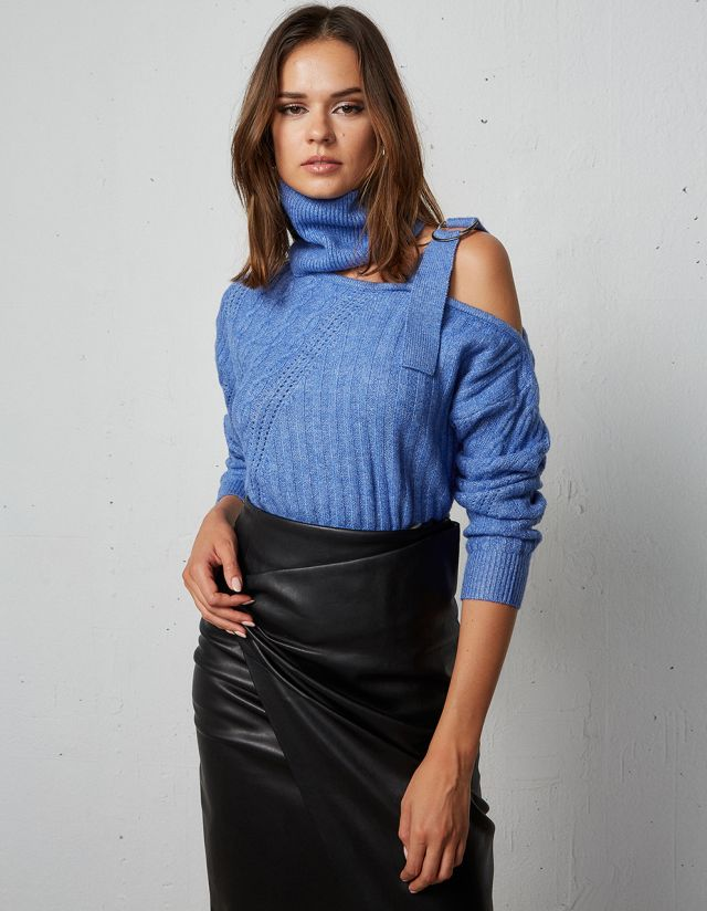 OF THE SHOULDER KNIT SWEATER