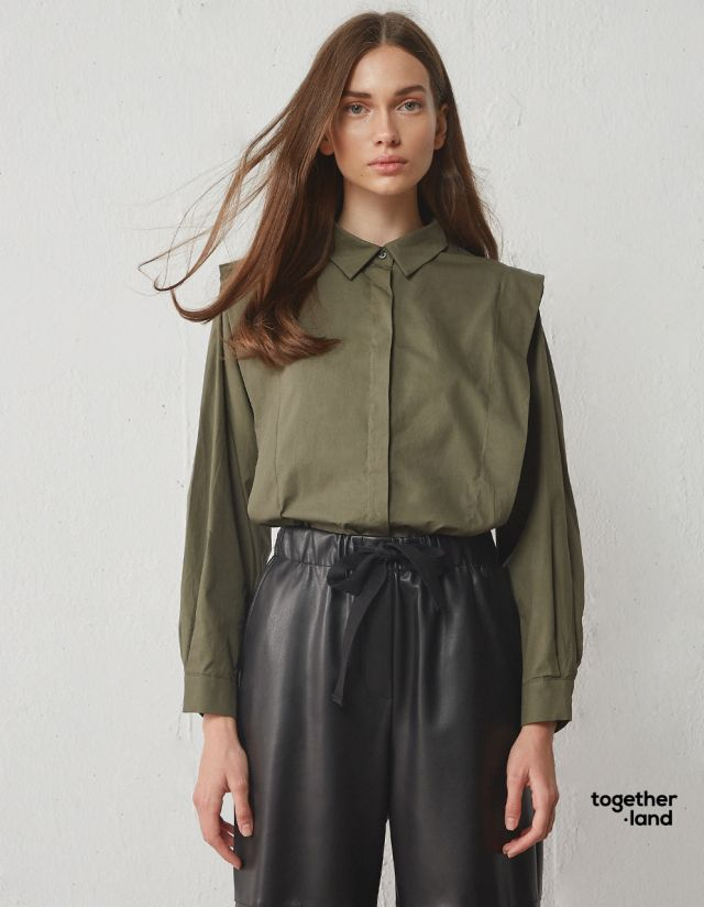 SHIRT WITH PLEATS - TOGETHERLAND