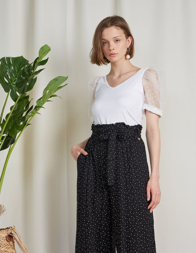 TOP WITH TULLE POLKA DOT SLEEVES