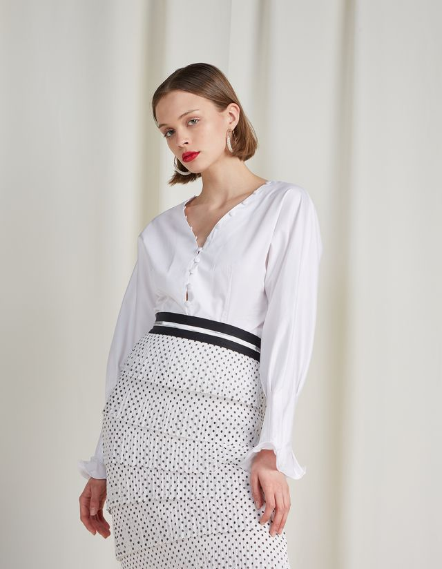 POPLIN TOP WITH BUTTONS ON THE NECKLINE