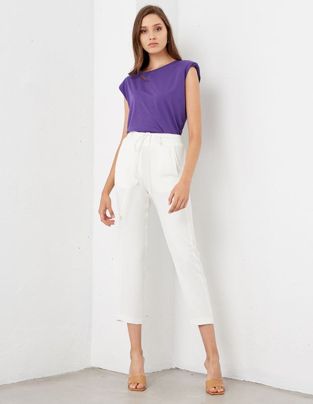 TROUSERS WITH ELASTICATED DRAWSTRING